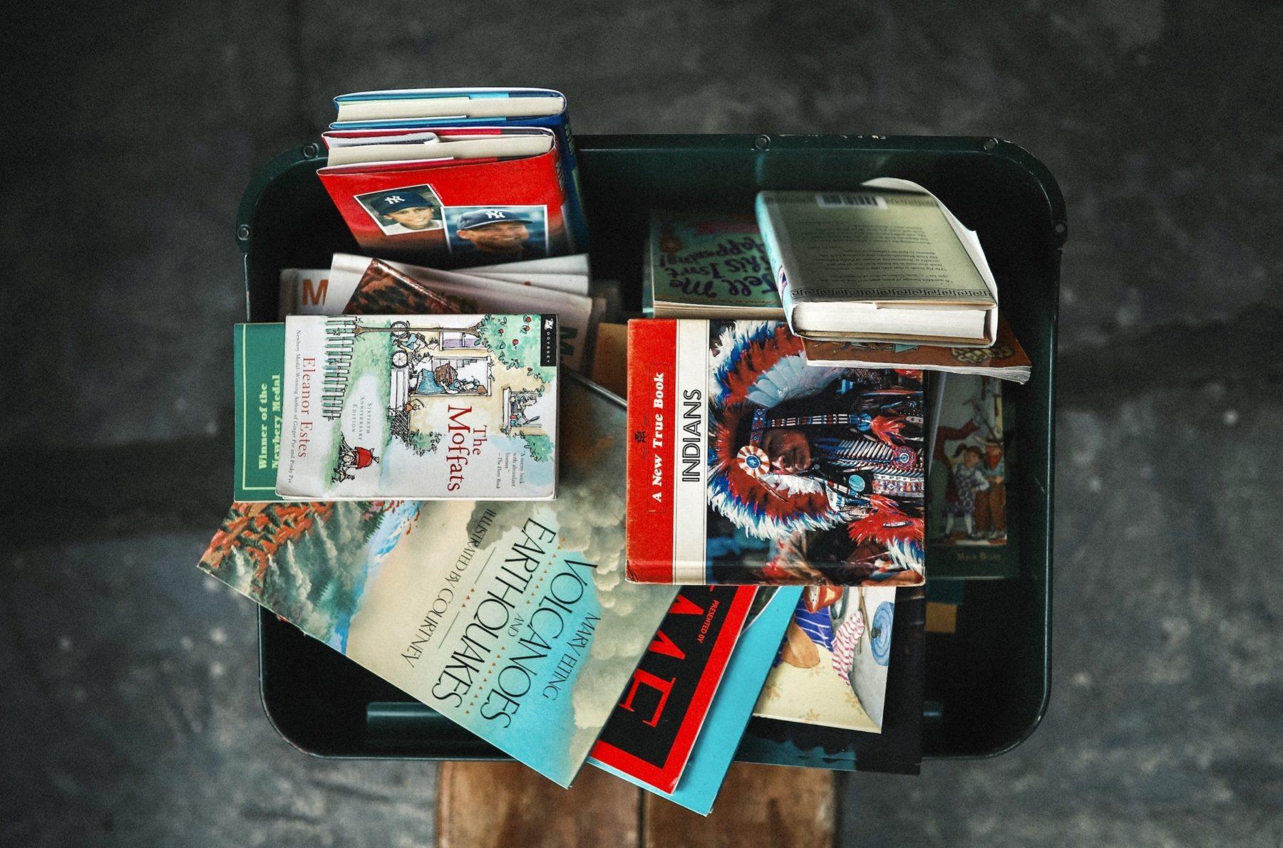 Je donne à une boite à livres