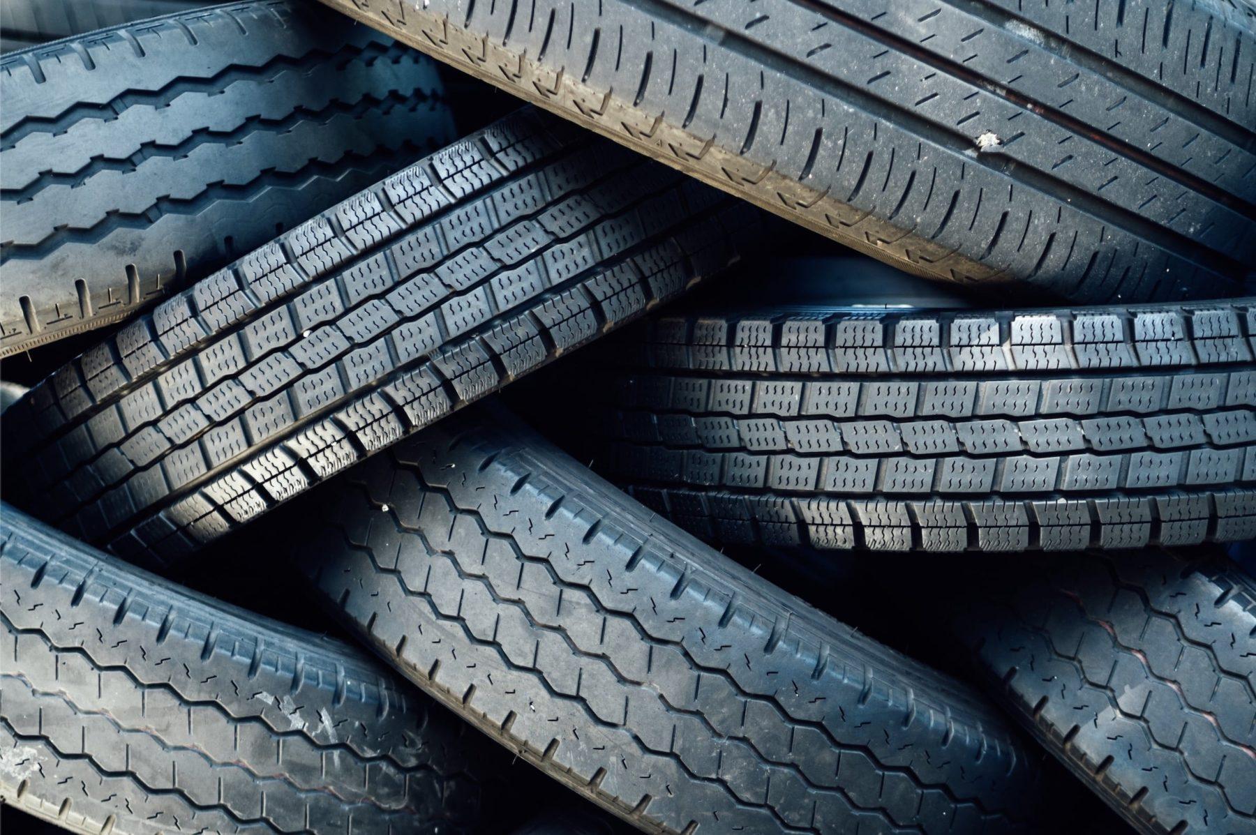J'achète des pneus rechapés