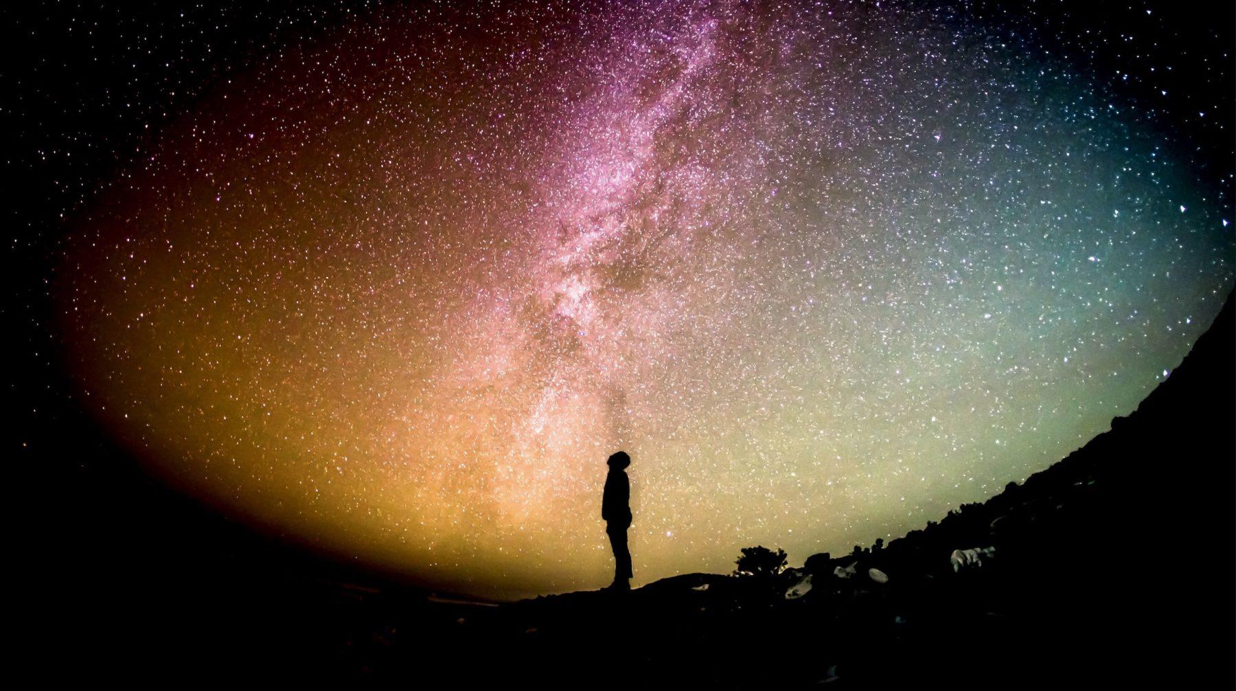 Devenir des explorateurs de notre cosmos intérieur